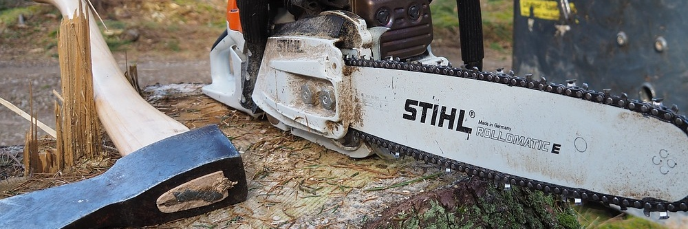 Tips for using a chainsaw mill section.