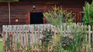 How to Make a Garden Fence