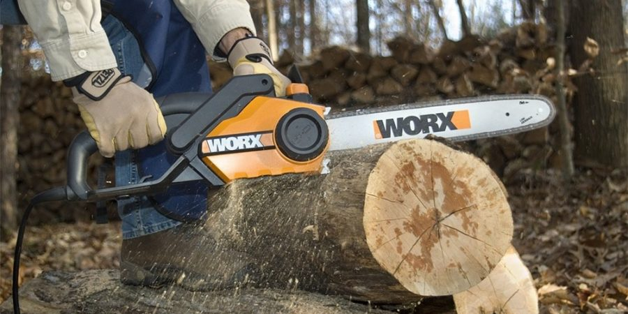 Best Electric Chainsaws Featured Image